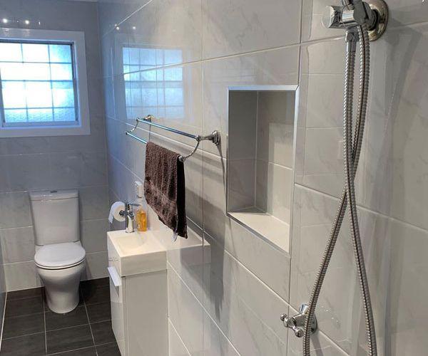 bathroom-after-pic02ED094931-5CA2-73A7-A14E-908C2B265EFF.jpg